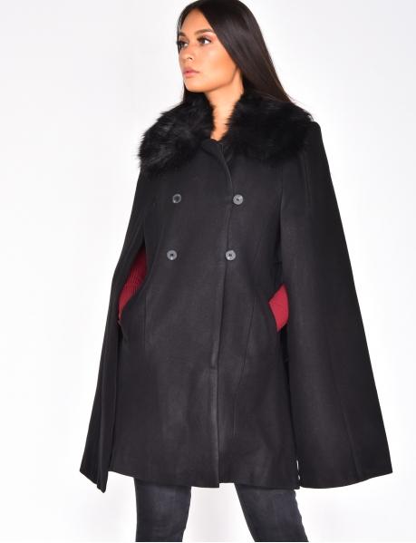 Manteau cape long à fausse fourrure