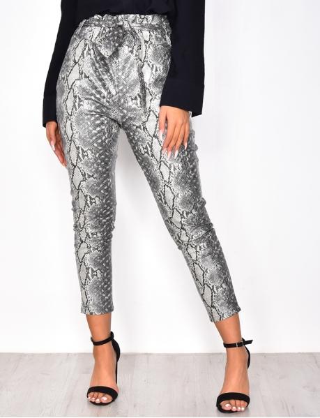 Pantalon en simili cuir motif serpent