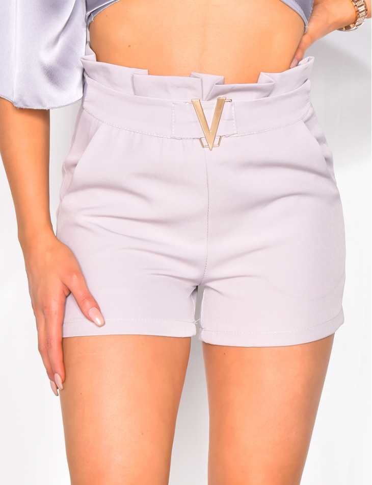 Shorts with 'V' Buckle on the Belt