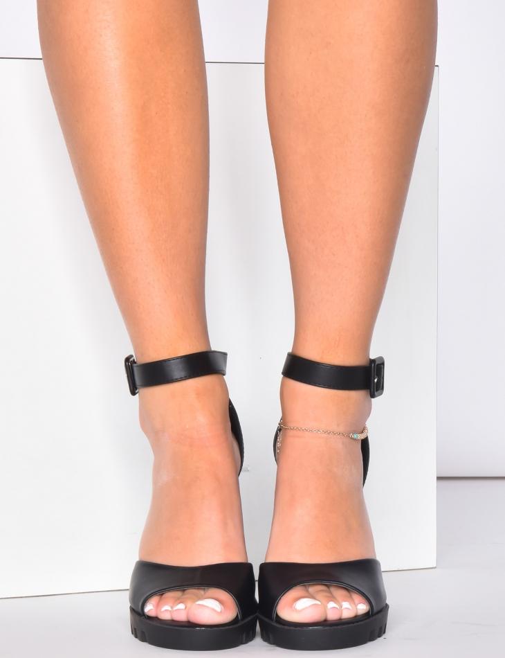 Sandales à talons en simili cuir
