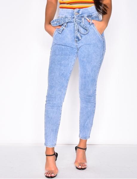 Jeans sophisticated taille haute à nouer