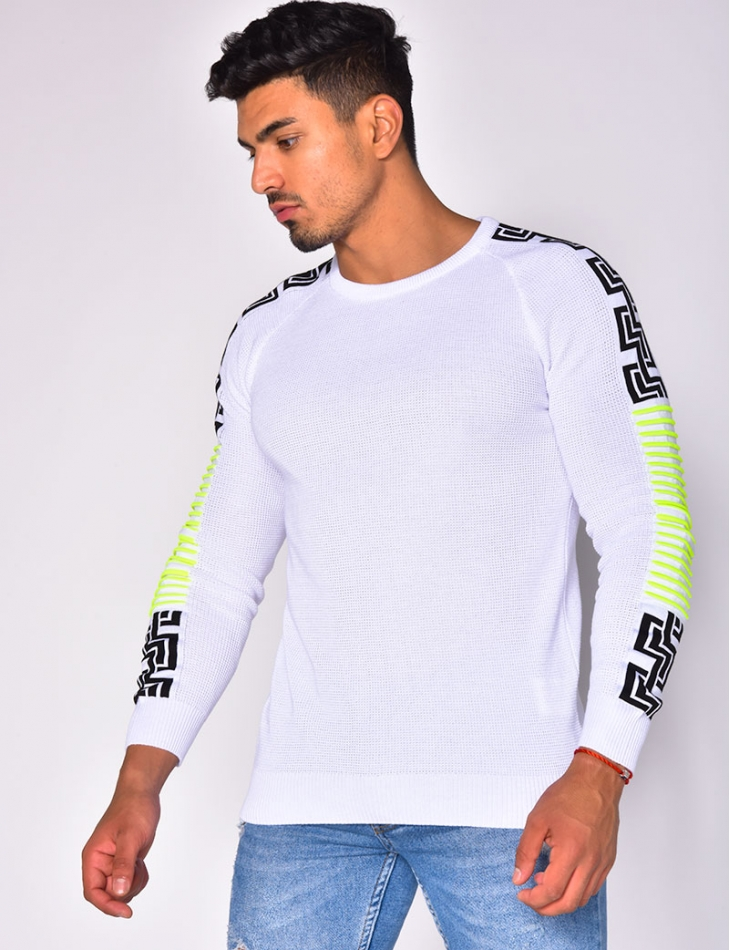 Jumper with Pattern on the Sleeves