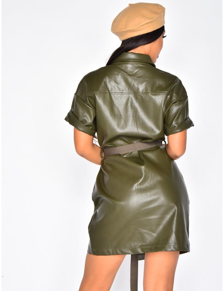 Robe à ceinture en simili cuir