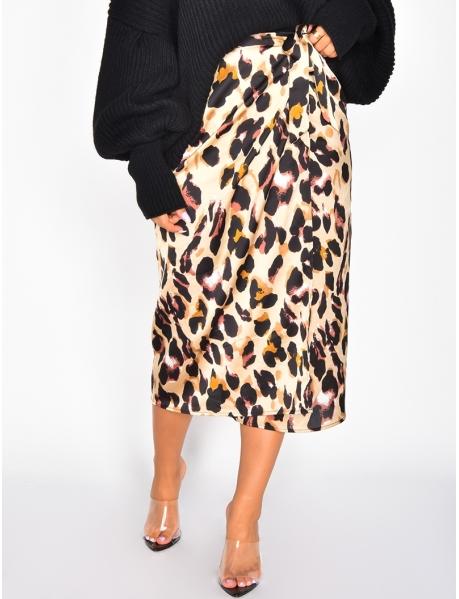 Satiniertes langes Kleid mit Leopardenmuster zum Binden