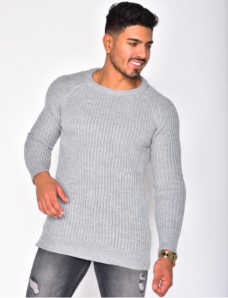 Asymmetrischer Pullover mit Rundkragen