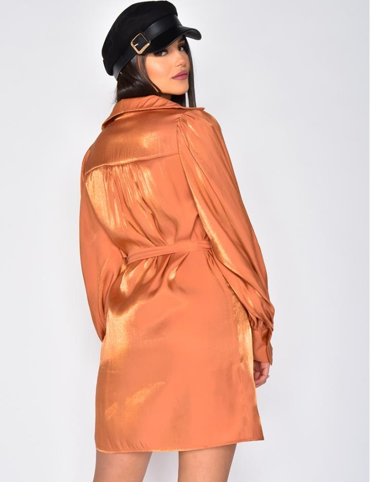 Robe chemise satinée effet brillant manches larges à ceinture