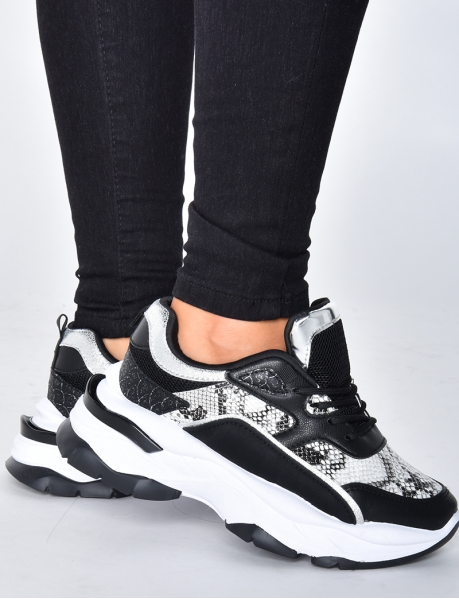Chunky Sneakers mit Snake-Muster
