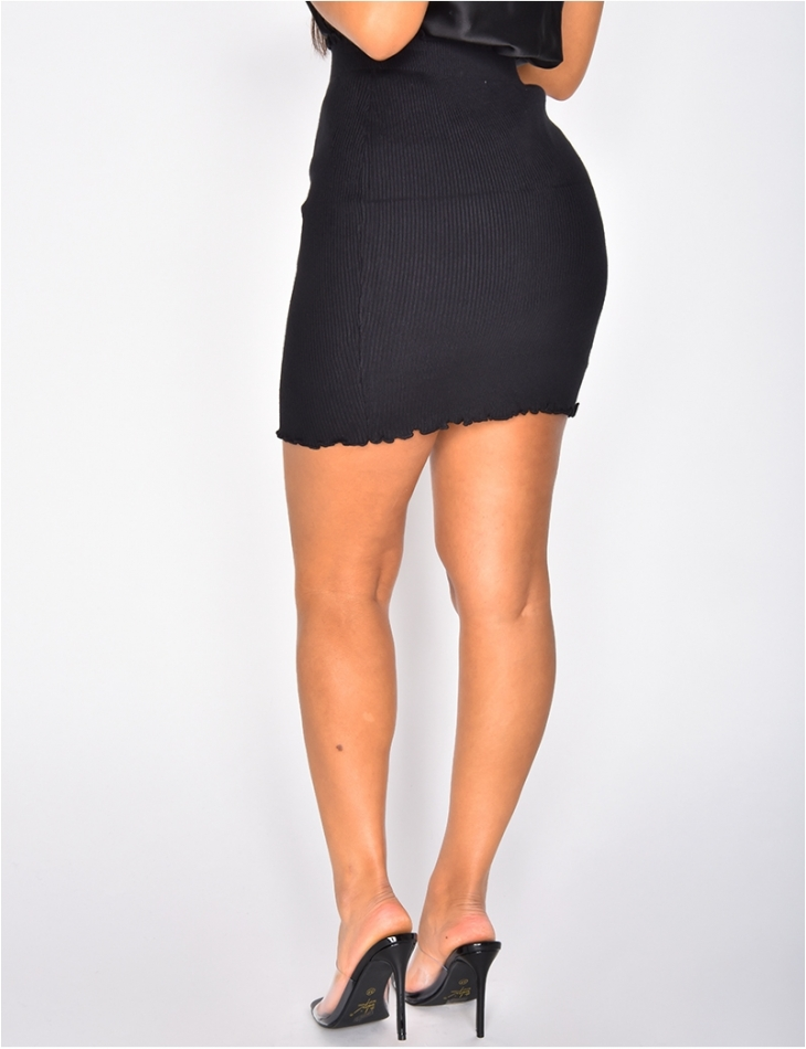 Short Ribbed Skirt with Scalloped Edge