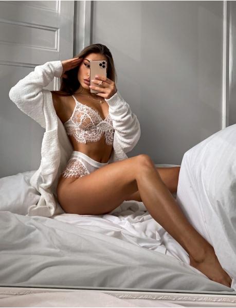 Ensemble lingerie en dentelle