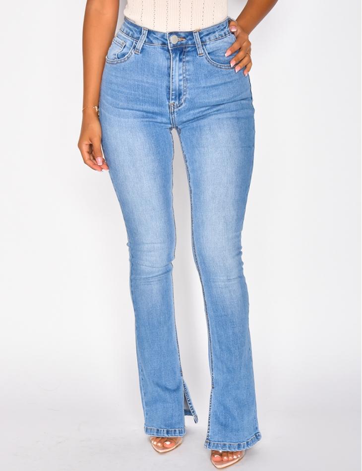 Jeans taille haute pattes d'eph à fentes