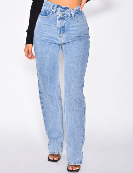 Straight Leg Jeans with Crossover Buttonhole