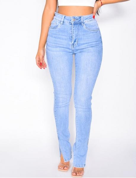 Jeans avec fente aux chevilles