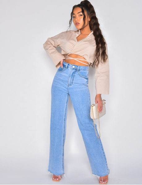 High-waisted flared jeans
