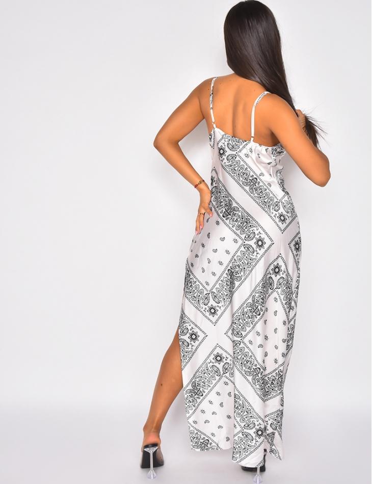 Robe longue en satin motif bandana