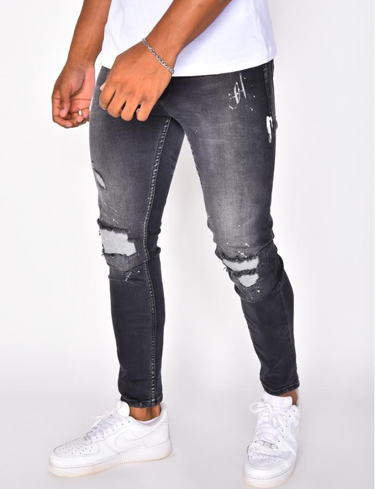 Jeans destroy et tâches de peinture