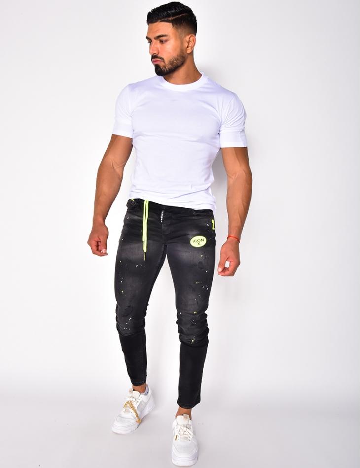 Jeans destroy à tâches et patch