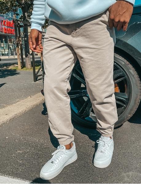 Jeans in Cargo-Optik